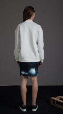 Falda estampado nubes
