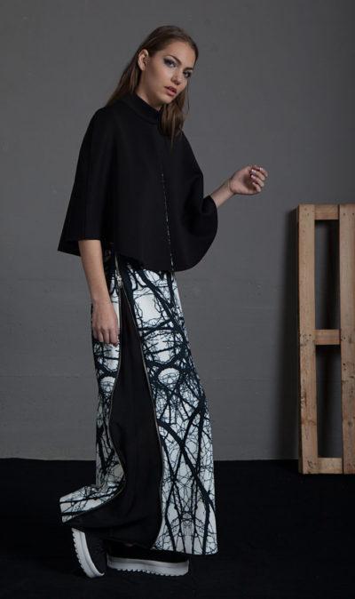 Falda estampada con cremalleras