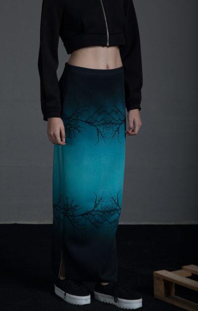 Falda larga de tubo estmapada