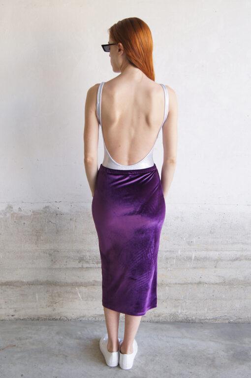 Falda midi de terciopelo